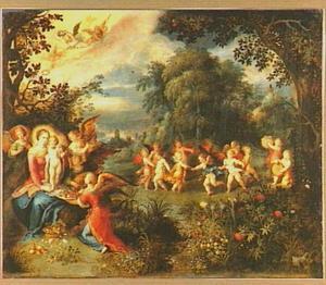 Madonna met kind in een landschap met spelende engelen