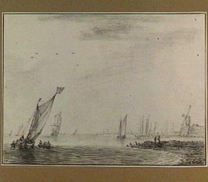 Boten voor een kust met bolwerk
