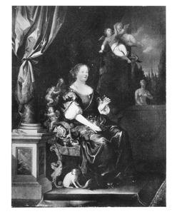 Portret van een vrouw zittend op een gebeeldhouwde zetel