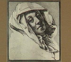 Vrouwenkop met omslagdoek