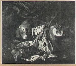 Hond bij met mand met druiven en gevogelte