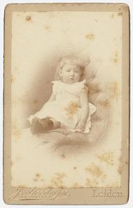 Portret van waarschijnlijk Anna Cornelia Roell (1889-1970)