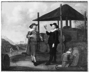 Portret van een wijnhandelaar en mogelijk zijn zoon met een roemer in de hand bij een opslagplaats met wijnvaten