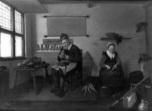 Pijprokende schoenmaker in zijn werkplaats en een vrouw die wortels schrapt
