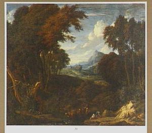 Boslandschap met figuren en vee bij een beek