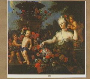 Vrouw en drie putti omringd door een slinger van bloemen bij een fontein