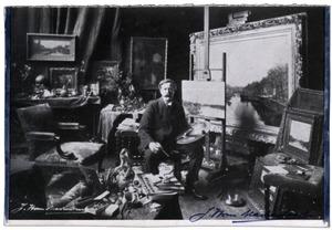J.H. van Mastenbroek in zijn atelier