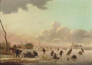 Winterlandschap met sleëende en schaatsende figuren