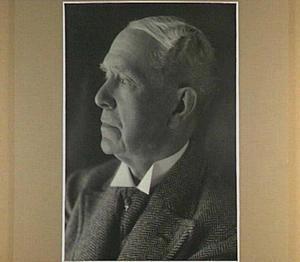 Portret van de kunstenaar Willem van Konijnenburg