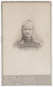 Portret van Cornelia Henriette Hermine van Tets (1892- )