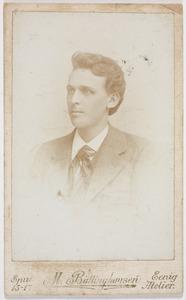 Portret van een man, genaamd Reinder Pieters van Calcar (1872-1957)