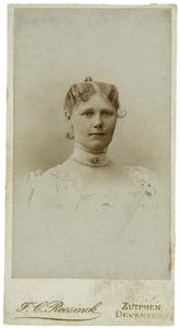Portret van Geertruid Anna Aletta Sytzama (1856-1930)