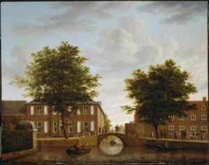Amersfoort, gezicht vanaf de brug over de Kortegracht ter hoogte van de Muurhuizen op de huizen aan de Zuidsingel