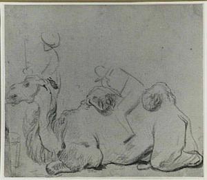 Liggende kameel met drijver en ruiter