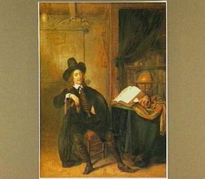 Portret van een heer in een studeerkamer