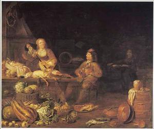 Keukeninterieur met een keukenmeid die een kip aan het spit rijgt en een drinkende man