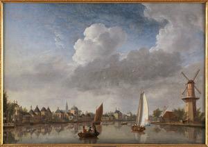 Gezicht in Haarlem; het Zuider Buiten Spaarne met de molen Spaarn en Wind