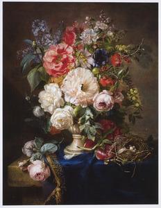 Stilleven met rozen en vogelnestje