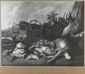 Jachtstilleven met haas en gevogelte; links twee vogelkooien