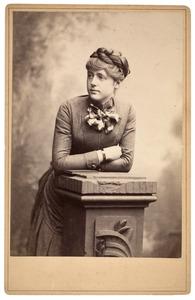 Portret, waarschijnlijk van Diderica Anna Elisabeth van Kaathoven (1865- )