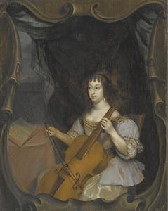 Jonge vrouw die cello speelt