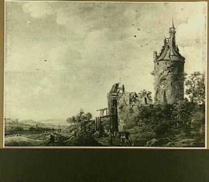 Kasteelruïne met toren op een heuvel; in het verschiet een weids landschap
