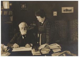 Portret van Ferdinand Domela Nieuwenhuis (1846-1919) en Egberta Johanna Godthelp (1863-1933)