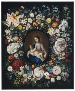 Maria met kind in een bloemenkrans