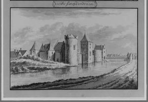 Voor- en rechterzijde van het kasteel van Medemblik (ook wel Radboud)