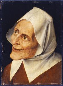 Kopstudie van een grijnzende oude vrouw