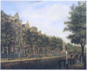 Gezicht op de Herengracht in Amsterdam in de richting van de Hartenstraat