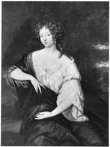 Portret van een jonge vrouw met een kapsel à la hurluberlu en een peerparel in het oor, een papegaai op de linkerhand