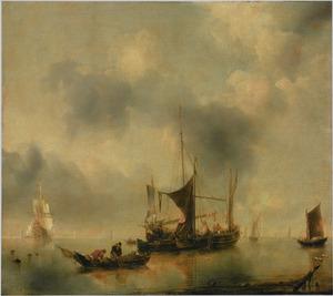 Zeegezicht met een kaagschip, een smak, vissers die hun netten binnenhalen en een Hollands fregat