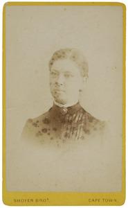 Portret van waarschijnlijk Hester Christina Broers (1859-1937)