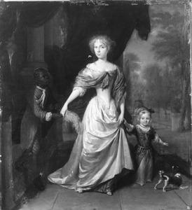 Portret van een onbekende vrouw met haar dochter en een bediende