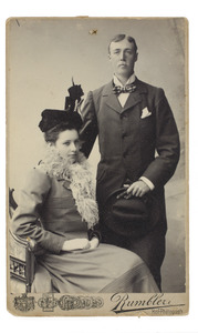 Portret van Anna Maria Gevers Deynoot (1877-1954) en Theodorus Johannes van der Wyck (1871-1908)