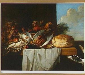 Gevogelte, kippen en vruchten op een tafel met rechts een open venster en op de voorgrond twee honden