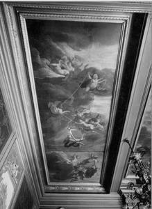 Plafondschildering met putti