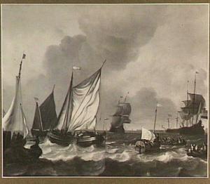 Zeilschepen, staatsie-sloep en roeiboten op onrustig water, aan de horizon enkele molens