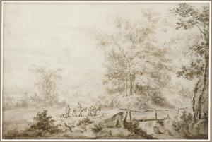 Boomrijk heuvellandschap met reizigers bij houten brug