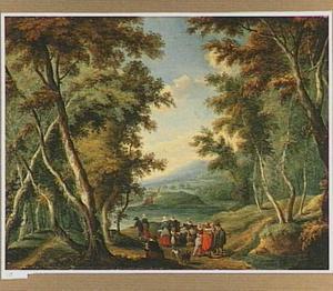 Bosachtig landschap met fruitverkoopster en voorbijgangers op een landweg