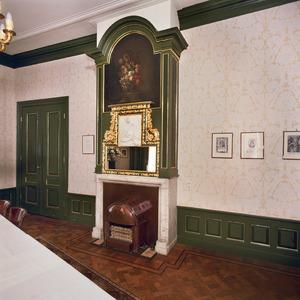 Schoorsteen in neo-Lodewijk XIV-stijl