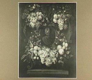 Cartouche versierd met bloemen en vruchten rond een vrouwenbuste