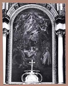 De tenhemelopneming van Maria: haar graf is gevuld met bloemen