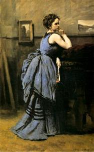 Vrouw in blauwe japon