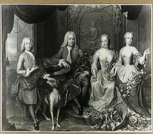 Portret van Abraham van Hoogenhouck (1683-1756), rentmeester van de Universiteit te Leiden, met zijn echtgenote Anna Henriette de Blockery, hun zoon Joost Hendrik en hun dochter Johanna Margaretha en kinderen