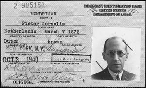 Voorlopige identiteitskaart van Piet Mondriaan, uitgegeven direct na zijn aankomst in New York