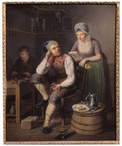 Interieur van een schoenmakerswerkplaats, met een vrouw die een brief voorleest