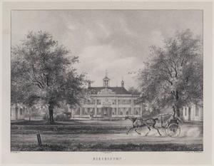 Gezicht op de hofstede Beeckestijn en koetshuizen