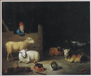 Interieur van een stal met een stalknecht, leunend over een schot en schapen en geiten; op de voorgrond liggen twee kookpotten